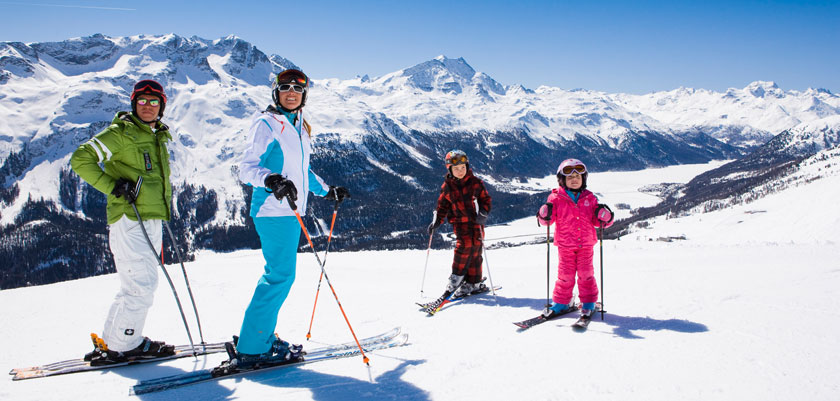 Switzerland_Graubünden-Ski-Region_St-Moritz_Family-mountain-view.jpg